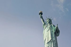 statue of liberty - welcome to the usa