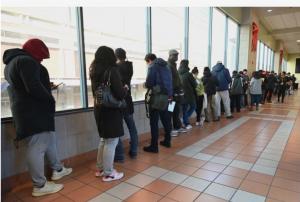 Corte suprema falla a favor de inmigrantes